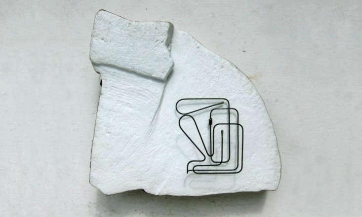 Roger-Stevens-wire-art-Remodelista