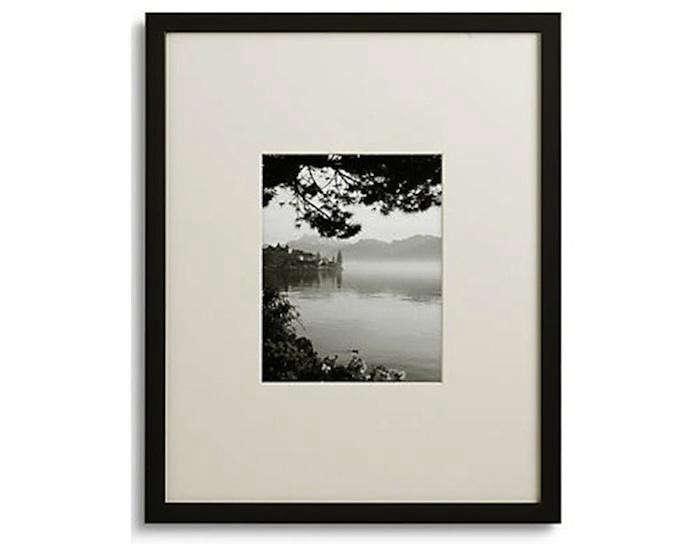 Room-and-board-gallery-frame.jpg