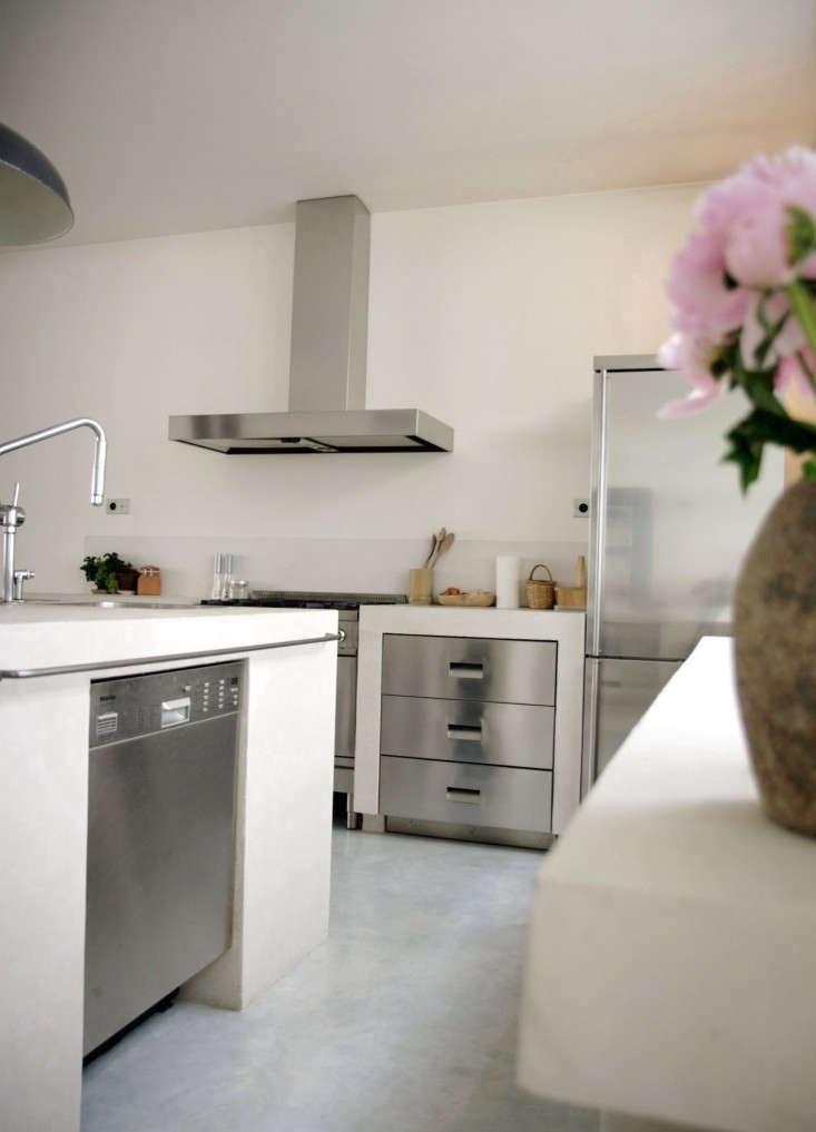 Roxane-Beis-Paris-Kitchen-Remodelista-04