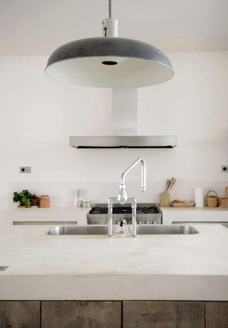 Roxane-Beis-Paris-Kitchen-Remodelista-09