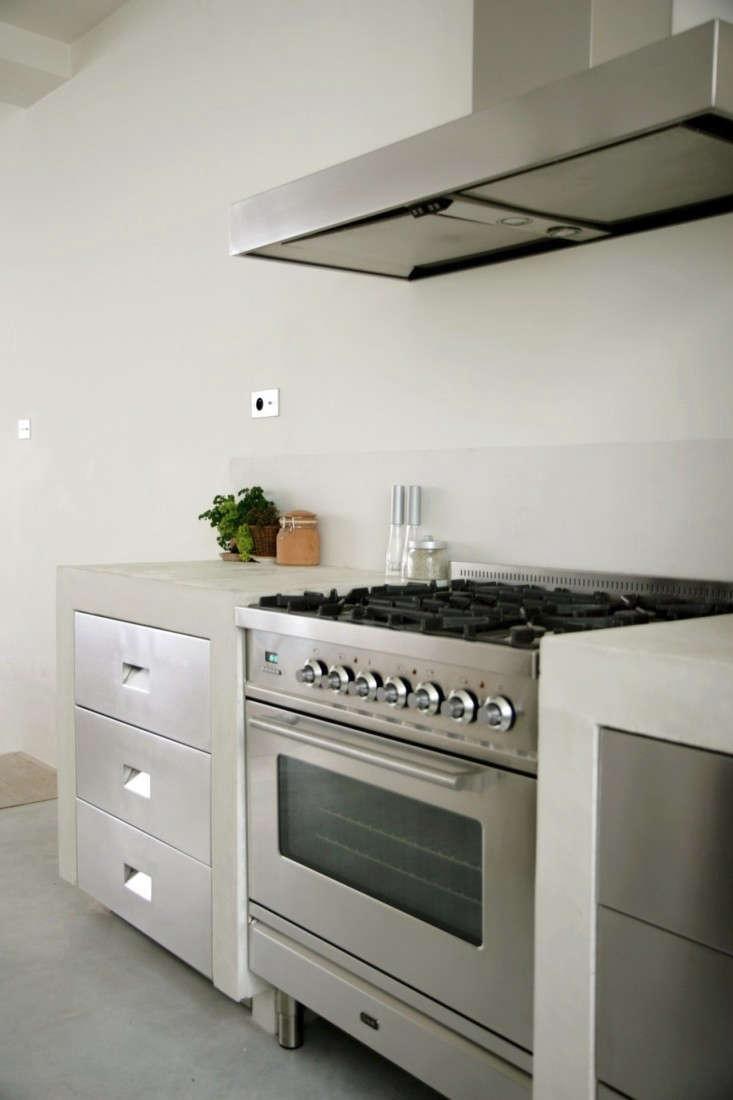 Roxane-Beis-Paris-Kitchen-Remodelista-11