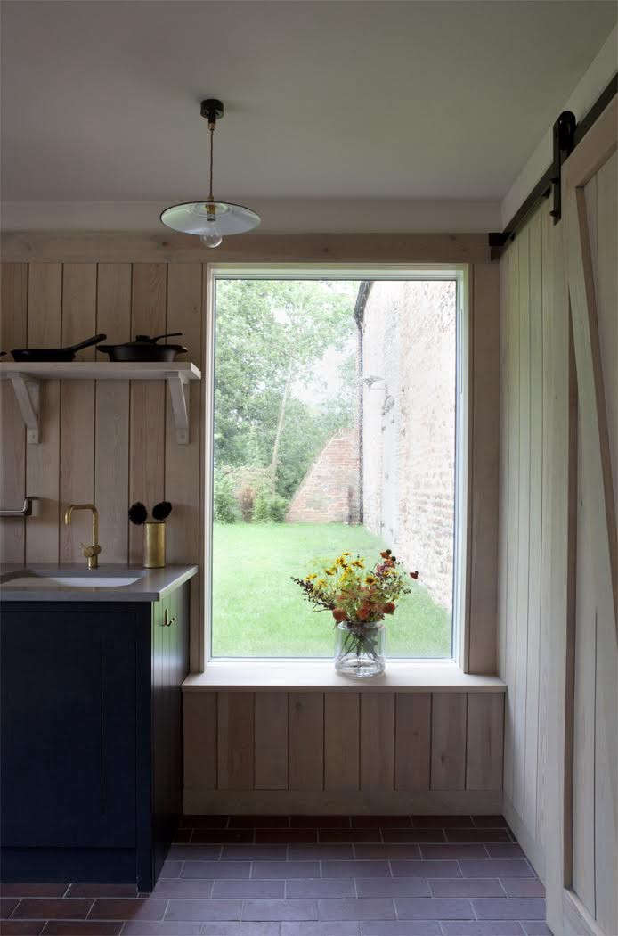 Rural-Office-For-Architecture-Old-Barn-Norfolk-Remodelista-01