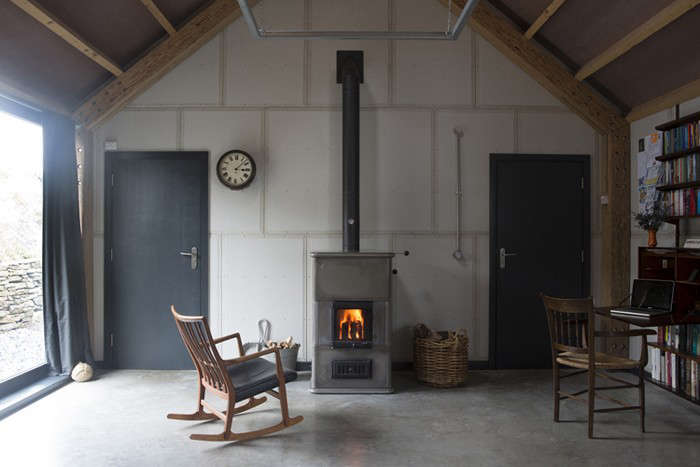The architect is in a budget barn in wales remodelista for Living room 101 atlantic ave boston