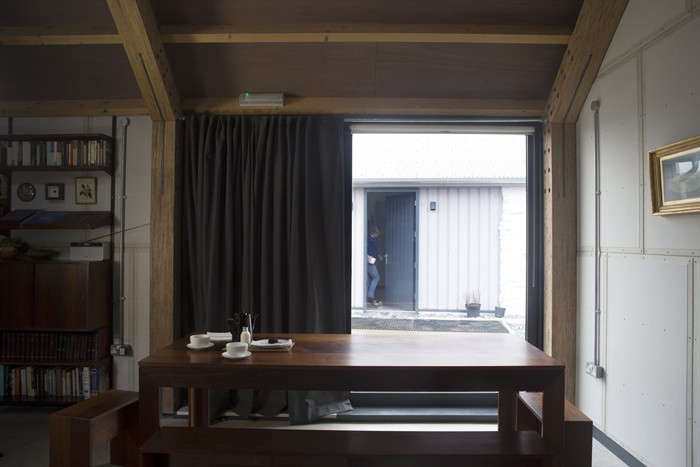 Rural-Office-for-Architecture- New-Barn-Interior-Wales-Remodelista-04