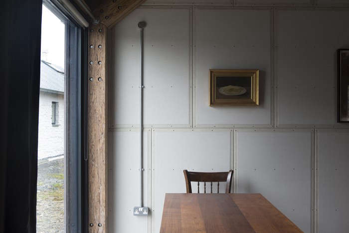 Rural-Office-for-Architecture- New-Barn-Interior-Wales-Remodelista-05