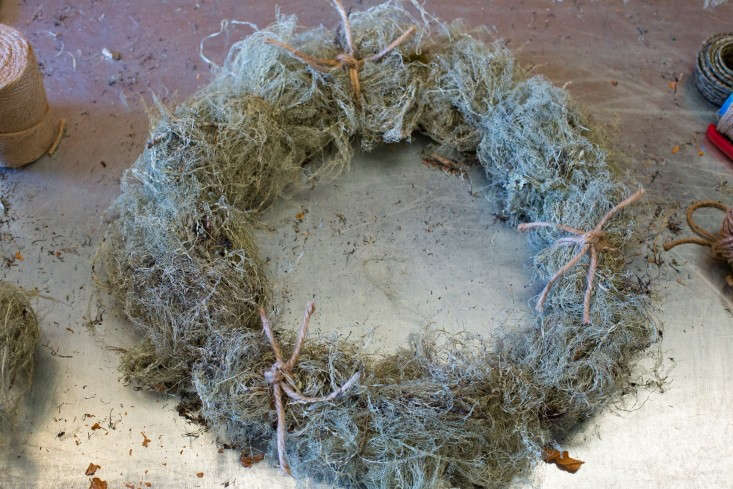 Russian-River-Flower-School-Holiday-Wreath-on-table