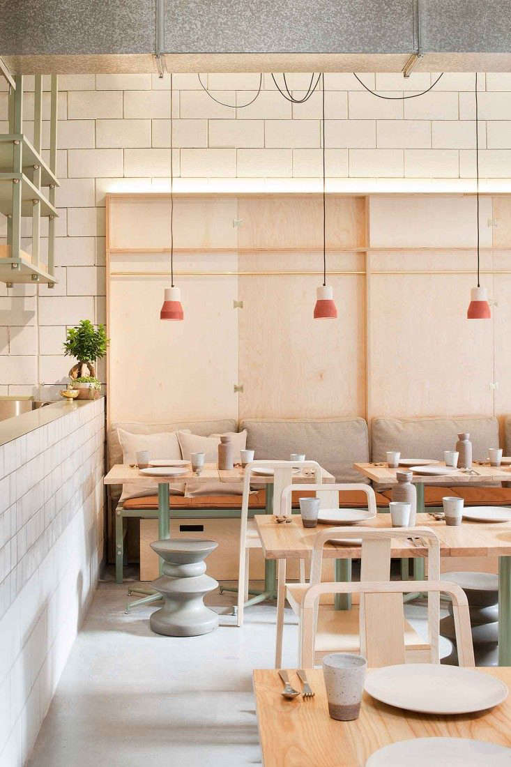 Ruyi-Melbourne-by-Hecker-Guthrie-Photo-Sharon-McGrath-Remodelista-04