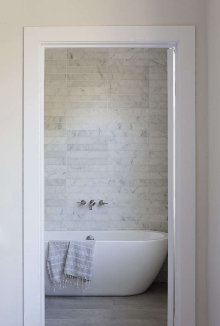 SIMO-design-Venice Beach-Carrara-marble tiled-bathroom-Remodelista