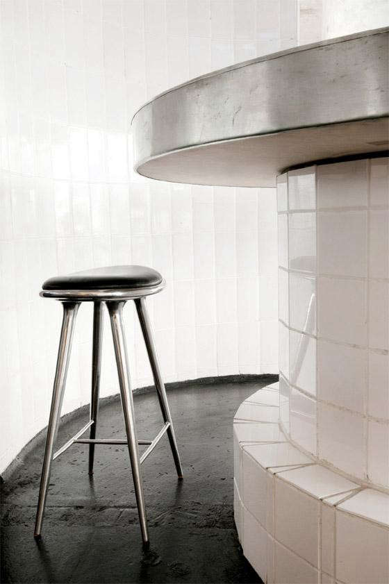 SPACE-Fiskebaren-stool