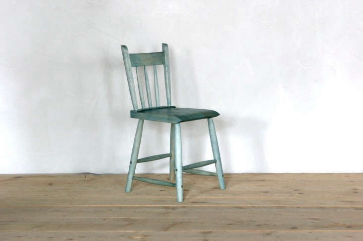 Sawkille-Stained-Rabbit-Chair-Remodelista