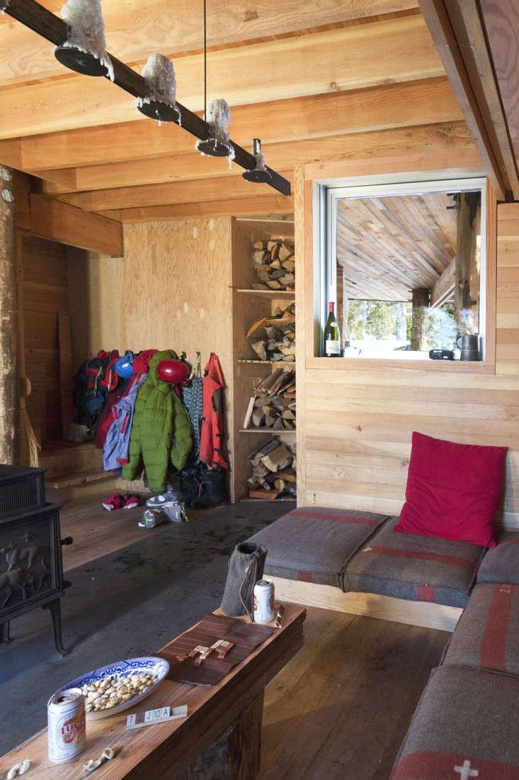 Scott-and-Scott-Architects-Alpine-Cabin-Canada-Remodelista-11