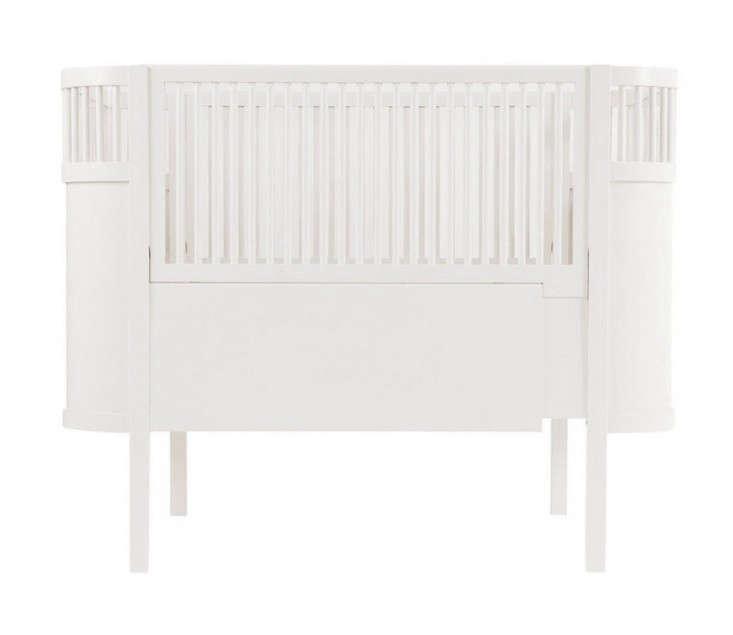 Sebra-Kili-Baby-Junior-Bed-remodelista-10-easy-pieces
