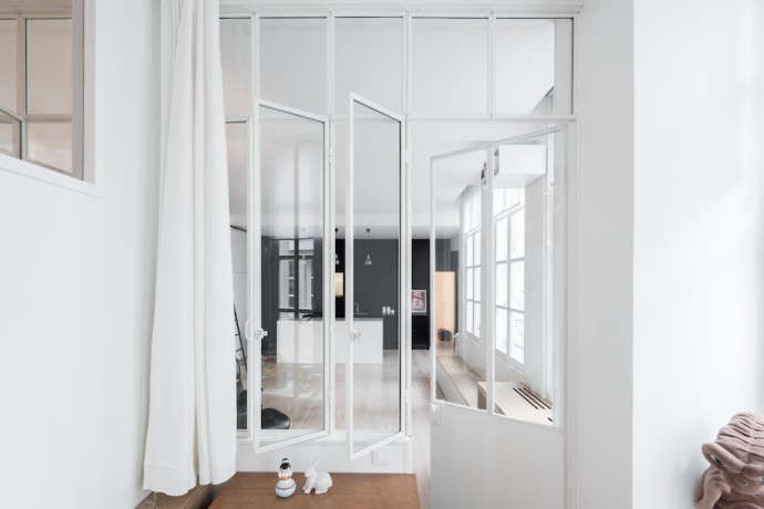 Septembre-Kabinett-Paris-Loft-Photos-Maris-Mezulis-Remodelista-14