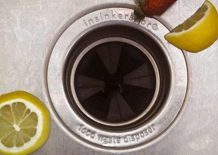 Sink-Garbage-Disposal-700