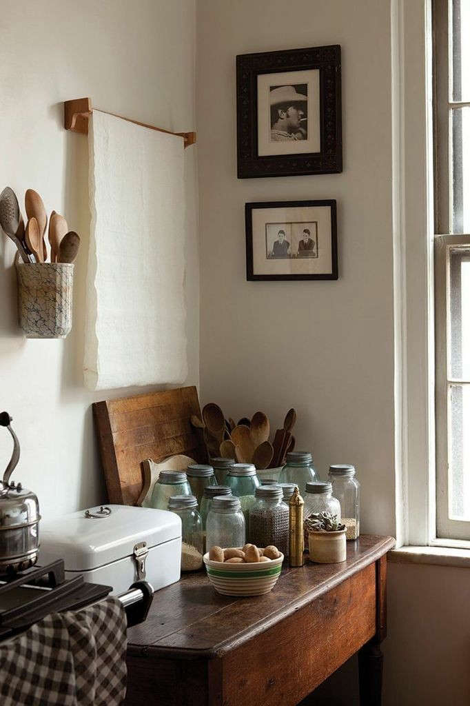 Sir-Madam-Kitchen-Towel-Bar-Looped-Towel-Remodelista