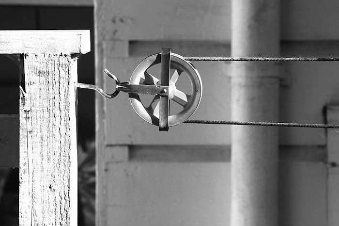 Solar-Drying-System-Pulley-Remodelista