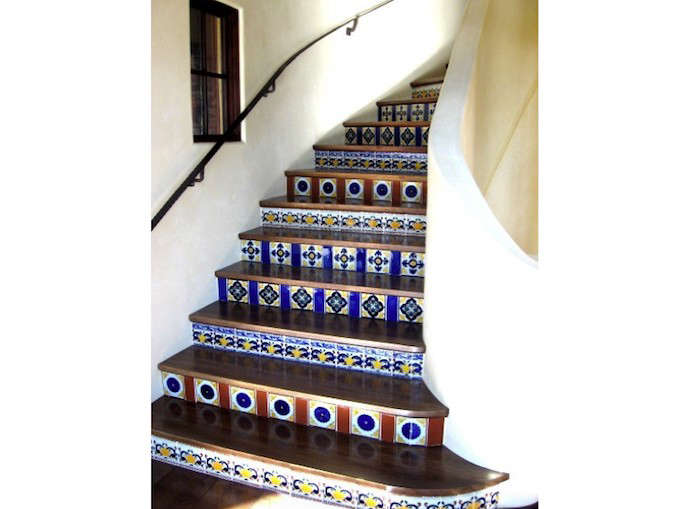 Spanish-Style-Stair-Risers-05