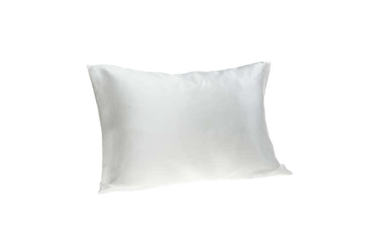 Spasilk-Pure-Silk-Beauty-Pillowcase-Remodelista