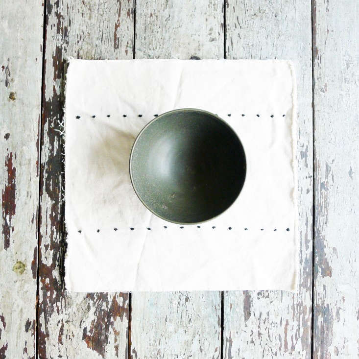 Specialty-Dry-Goods-unfinished-edge-placemat-Remodelista