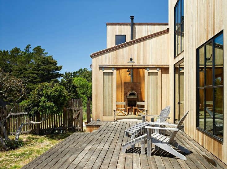 Stone-House-Malcolm-Davis-Architecture-Remodelista-04