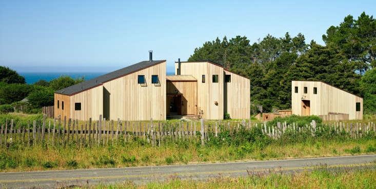 Stone-House-Malcolm-Davis-Architecture-Remodelista-08