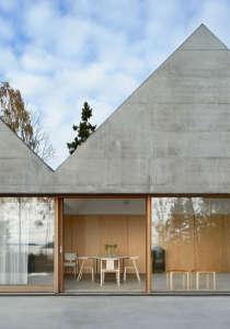 Summerhouse Lagnö by Tham & Videgård Arkitekter in Västra Lagnö | Remodelista