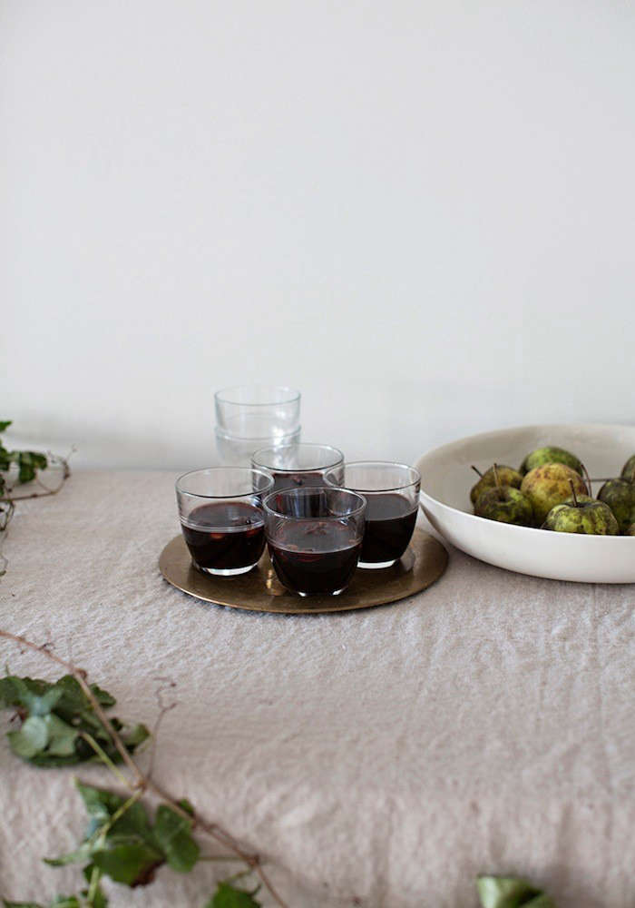 Sunday-Suppers-Mulled-Wine-Photograph-Remodelista