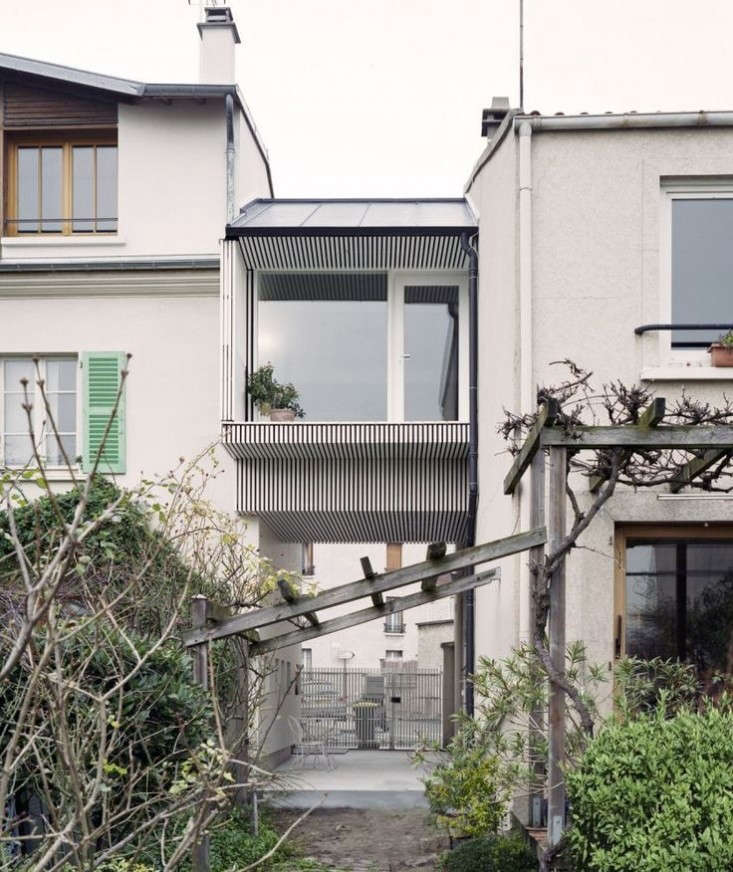 Suspended-Room-Addition-Gentilly-France-NeM-Architectes-Remodelista-2