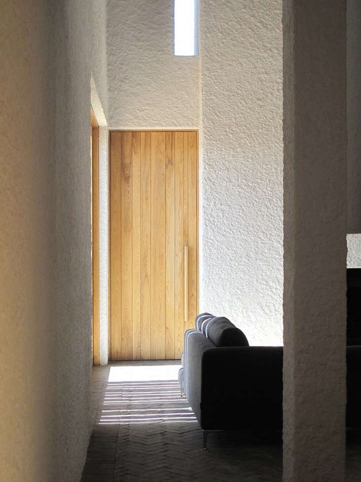 Swartberg-House-by-Openstudio-Architects-Great-Karoo-South-Africa-Remodelista-04