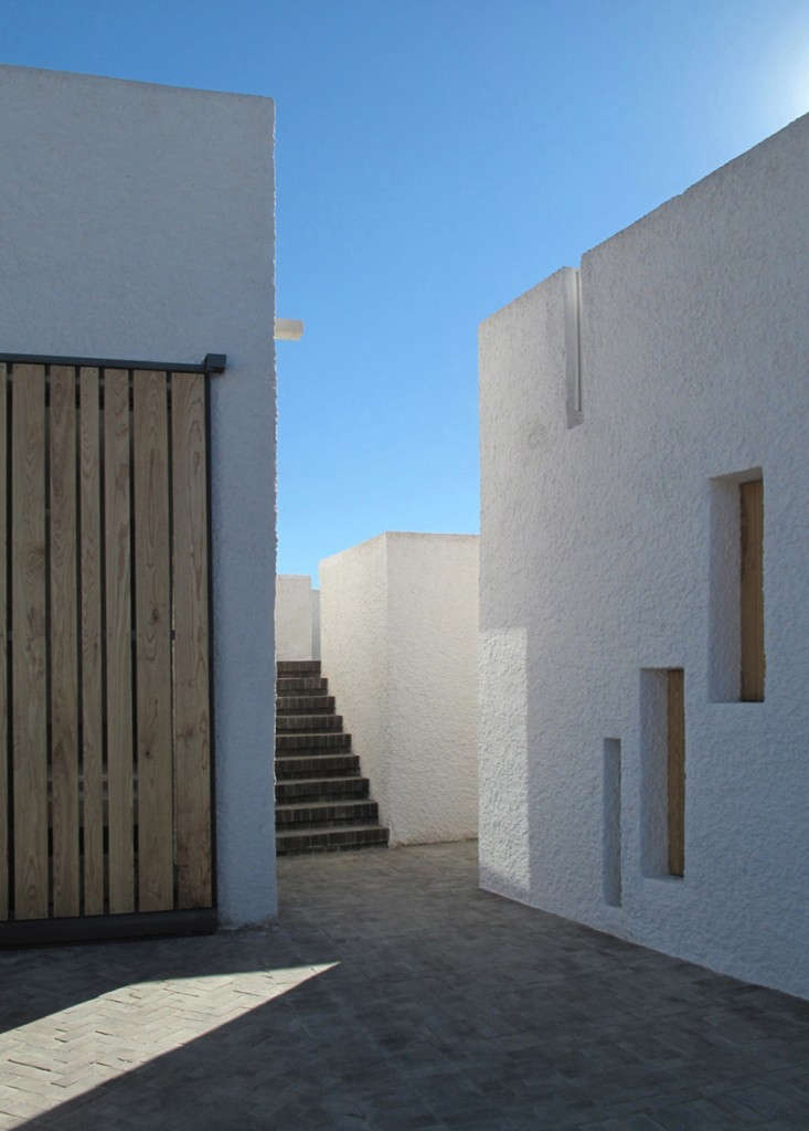 Swartberg-House-by-Openstudio-Architects-Great-Karoo-South-Africa-Remodelista-20