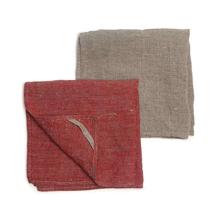 Teroforma-kitchen-towel-clothes-3-via-Remodelista