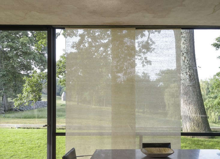 The-Glass-House-Philip-Johnson-New-Canaan-Connecticut-Matthew-Williams-Remodelista-16