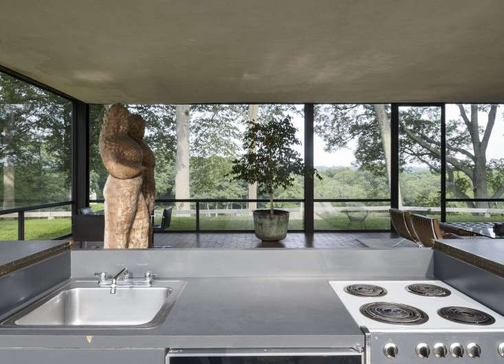 The-Glass-House-Philip-Johnson-New-Canaan-Connecticut-Matthew-Williams-Remodelista-28