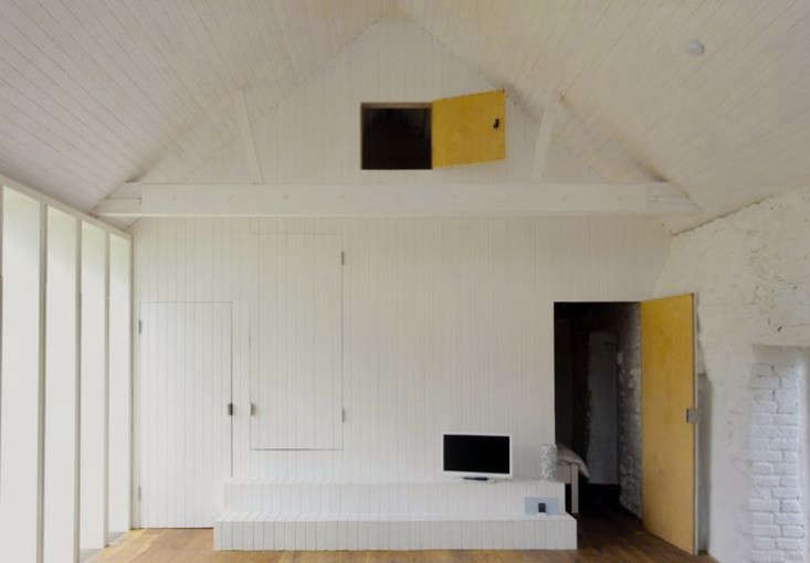 Thursford-Barn-by-Lynch-Architects-Remodelista-3