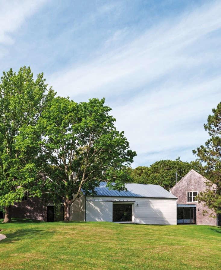 Tiina-Laakonen-house-Amagansett-Matthew-Williams-Remodelista