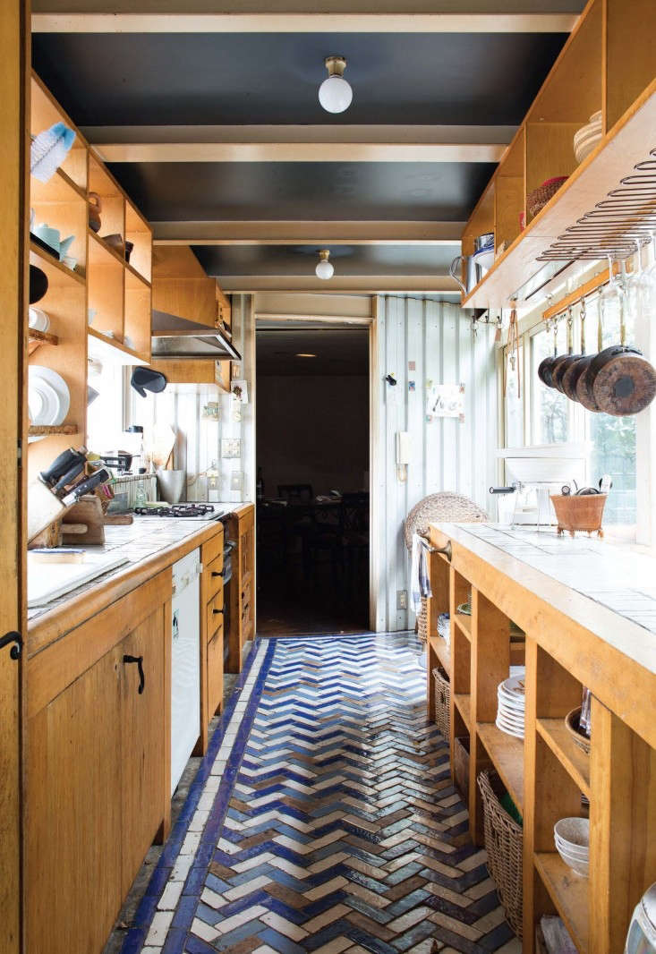 Tile-makes-the-room-remodelista-3