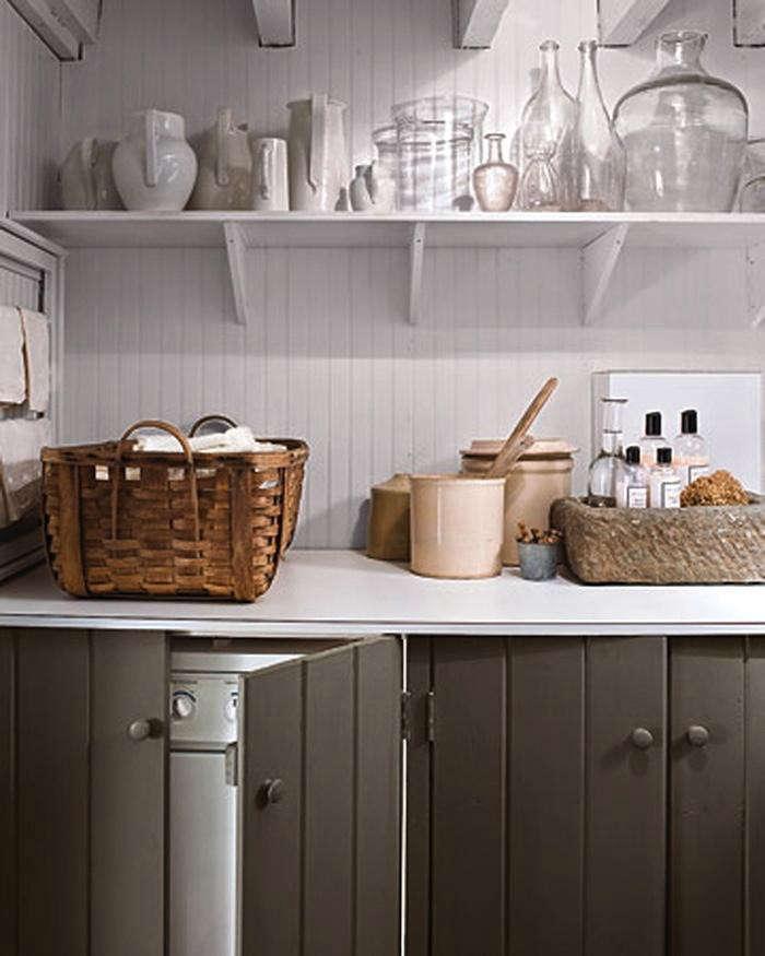 Tiny-Laundry-Room-Countertops