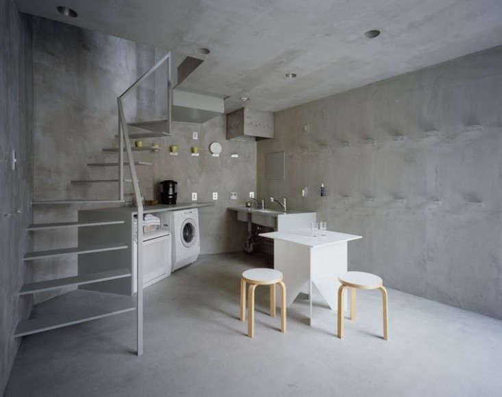 Tokyo-apartment-laundry-room-basement-ceradubois-Remodelista