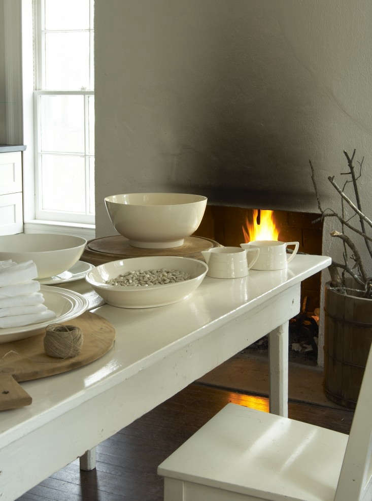 Tricia-Foley-Life-Style-Elegant-Simplicity-at-Home-Remodelista-dining-room