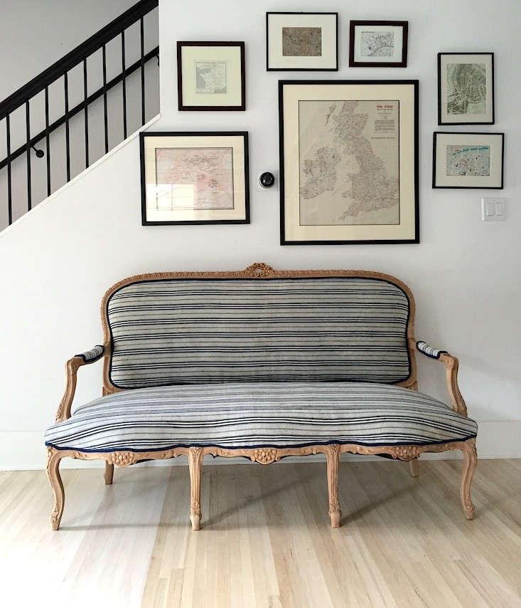Upholstered-Sofa-After-Library-Izabella-06-Remodelista