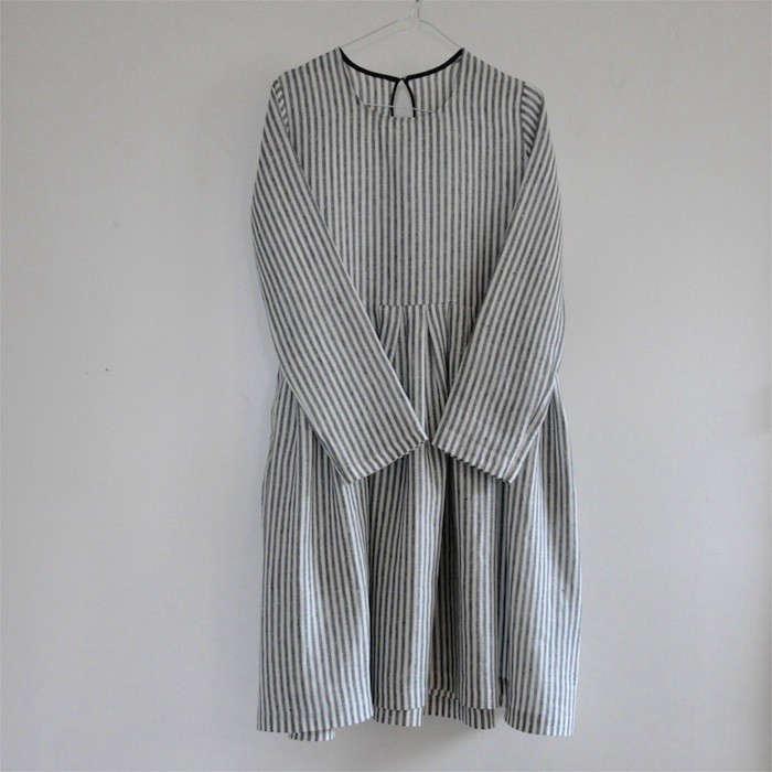 Vestiaire-de-Jeanne-Uniform-Dress-Remodelista