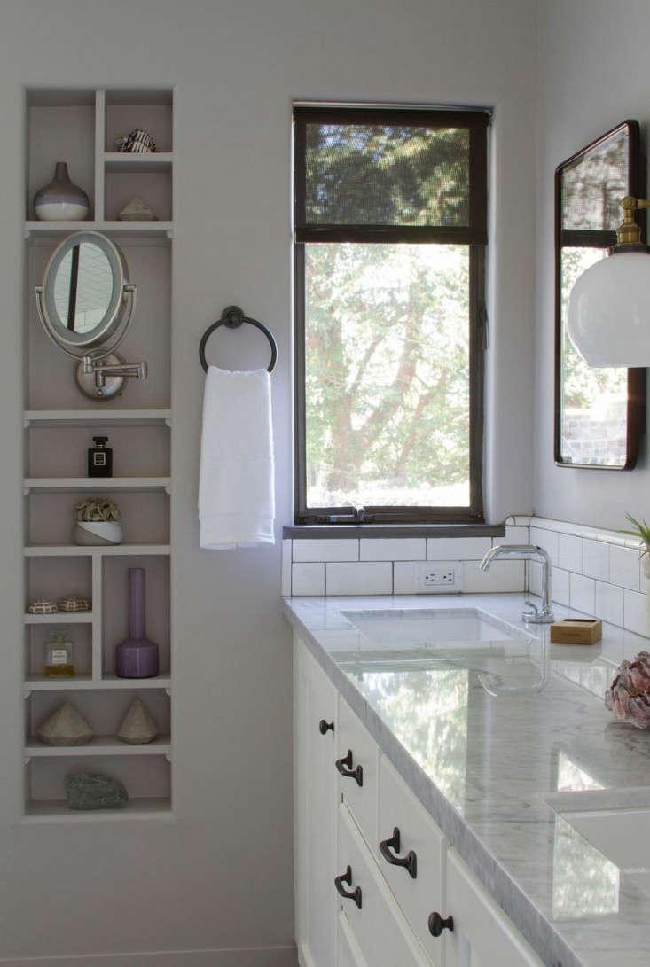 Before after a brooklyn inspired bath in los angeles for Bathroom rehab ideas