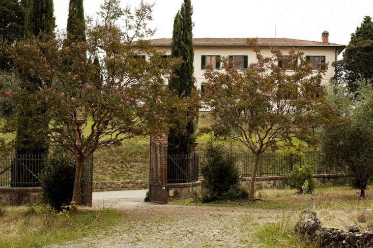 Villa-Lena-Clarisse-Demory-Exterior-Remodelista