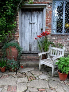 Vita's Cottage at Sissinghurst | Gardenista