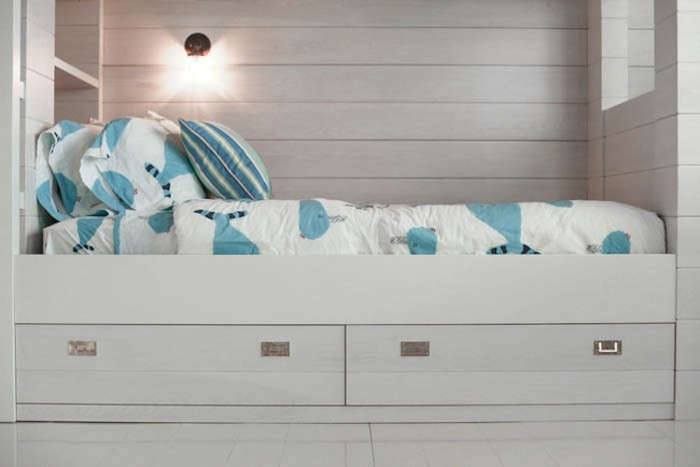 Wettling-Architects-Childrens-Bedroom-03