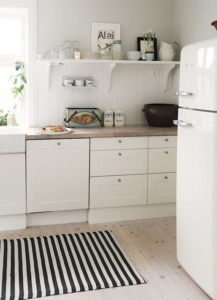 White-Custom-Cabinet-Fronted-Dishwasher-Remodelista