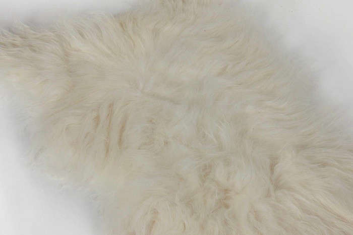 White-Light-Black-Sheep-Icelandic-Sheepskin-Remodelista