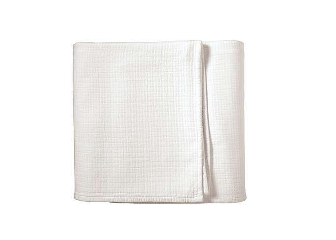 White-Pickstitch-White-Blankets