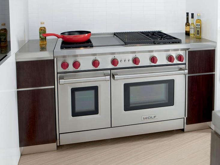 Wolf-48-gas-range-small-space