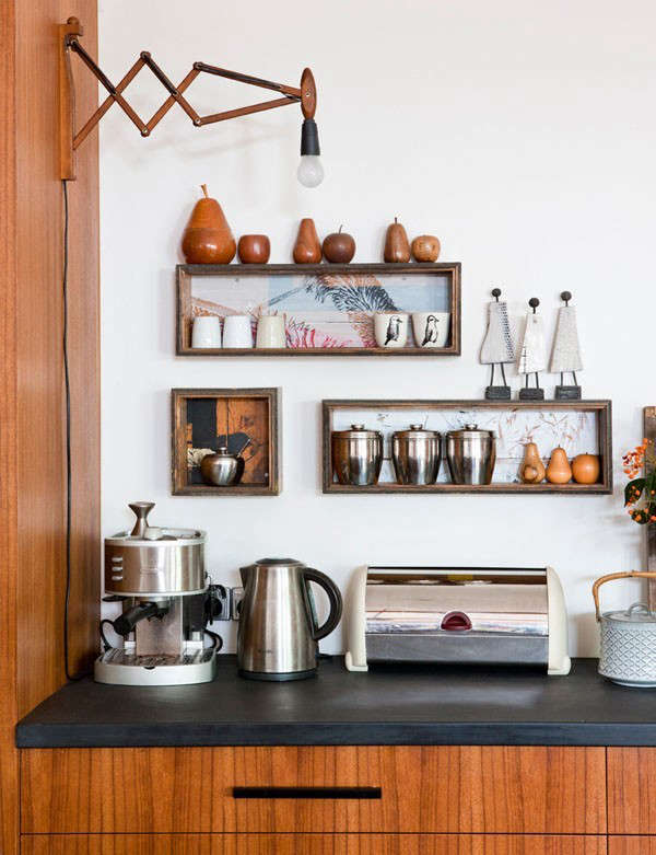 Wood-Accordian-Sconce-Rebekah-Cichero-and-Family-Remodelista